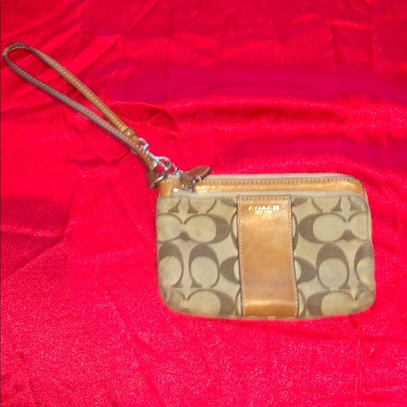 Coach Handbags - Used Coach Wristlet